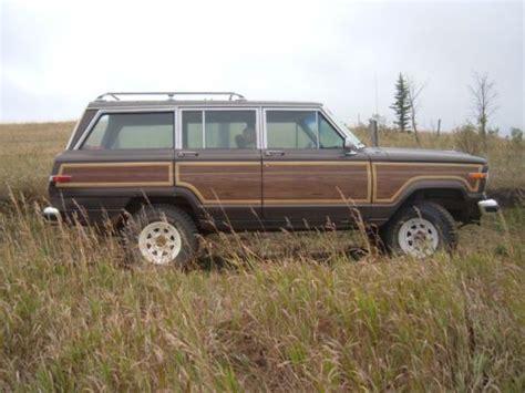 buy   amc jeep grand wagoneer sjlifted  speed