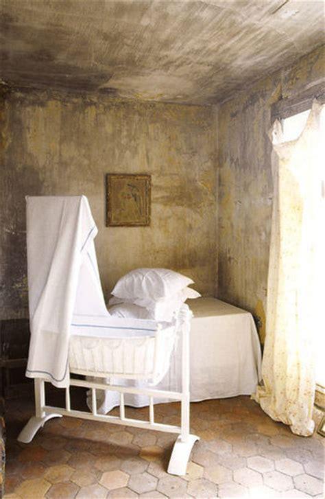 chambre kaki style idée déco chambre bébé kaki