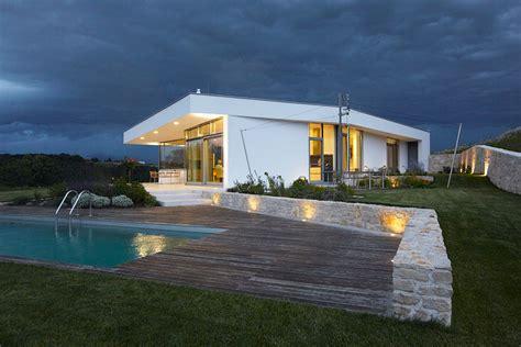 Modernes Einfamilienhaus Mit Pool In Österreich Studio5555