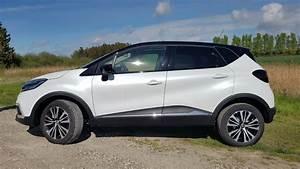 Renault Captur Initiale Paris 2017 : essai auto renault captur 2017 le suv se la joue aussi statutaire actu auto ~ Medecine-chirurgie-esthetiques.com Avis de Voitures