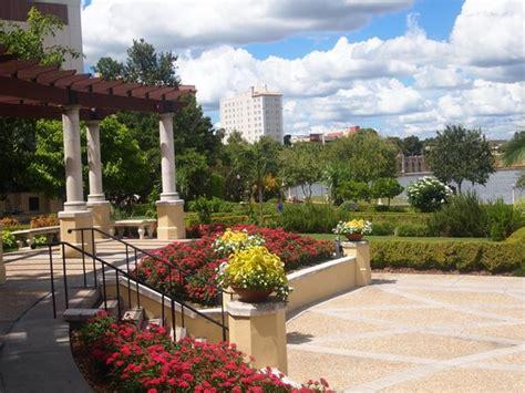 hollis gardens picture of hollis garden lakeland