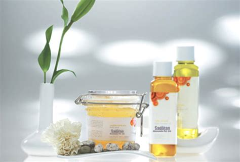 Cosmetics Manufacturer, Beauty products manufacturer