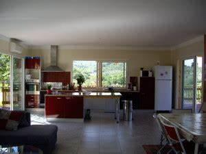 le blog de villaboisherve belle villa en bois a louer With salon salle a manger cuisine 50m2