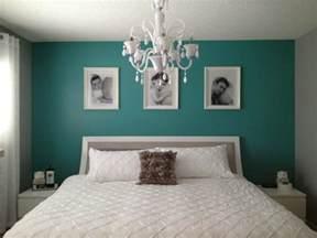 Idee Deco Chambre Bleu Canard by 1001 Id 233 Es Pour Une Chambre Bleu Canard P 233 Trole Et Paon