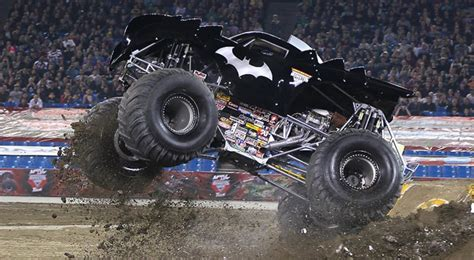 monster jam batman official driver profile 39 s home of the aaphmj original