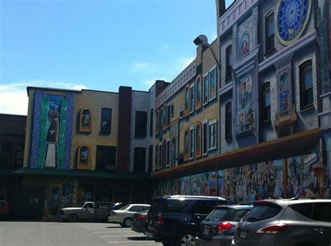Murals on the buildings in Williamsport, PA | Neat ...