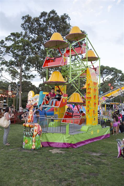 mini ferris wheel hire joylands