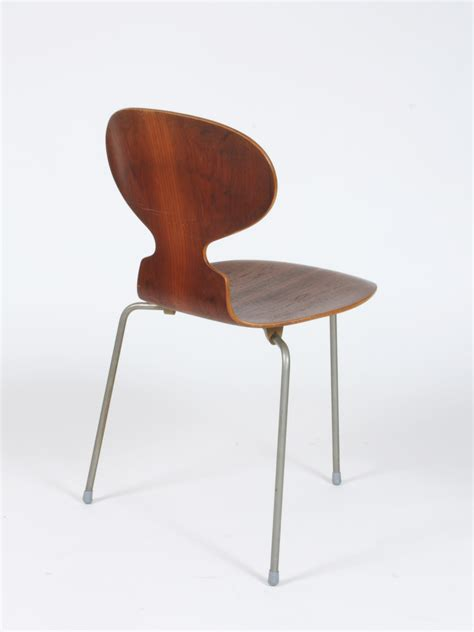 chaise jacobsen galerie alexandre guillemain artefact design bureau