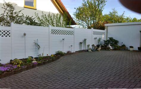 Sichtschutz Für Garten Aus Kunststoff by Kunststoff Sichtschutz In Mediterranen Garten