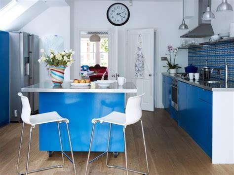 Petite cuisine avec îlot central ou bar: 24 idées d