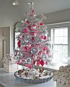 Weihnachtsbaum Mit Rosa Kugeln : silberne rosa kugeln weihnachtsbaum dekorieren ~ Orissabook.com Haus und Dekorationen