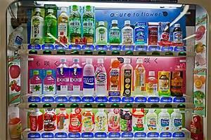 Distributeur De Boisson : la grande distribution des boissons p riple au japon ~ Teatrodelosmanantiales.com Idées de Décoration