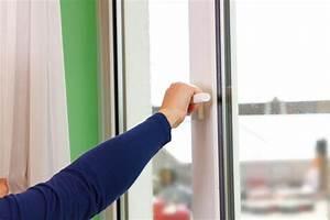 Gesunde Luftfeuchtigkeit In Räumen : trockene luft luftfeuchtigkeit erh hen so geht s ~ Markanthonyermac.com Haus und Dekorationen