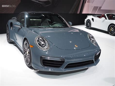 new porsche 911 porsche unveils new porsche 911 and 911 turbo at 2016