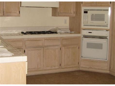 kitchen cabinet glaze colors glaze stain antiquing cabinets cabinet colors with paint