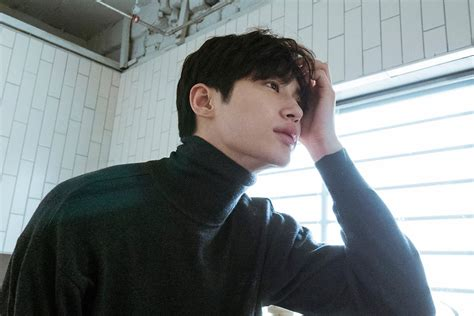 You have 48 hours to run past these 4walls and head on over to the. Byeon WooSeok Handsome Model And Actor Of 187cm To Have An ...