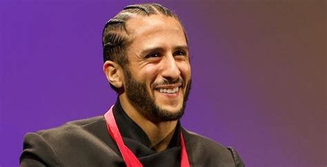 colin kaepernick biography facts childhood family life
