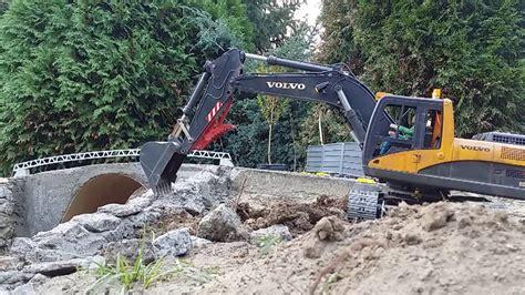 bruder excavator rc volvo youtube