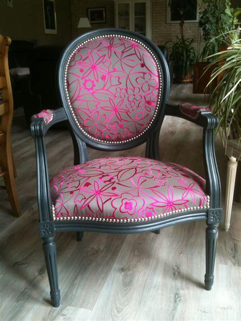 renover canapé tissu rénove ou restaure vos siéges ou fauteuils anciens