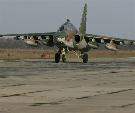 Russian Fighter Did 'barrel Roll' Over Us Reconnaissance Plane
