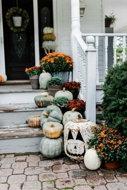 7 Fall Color Palettes To Try On Your Front Porch