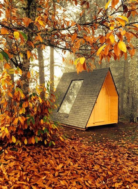 degree rotating micro cabin