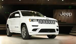 Jeep Grand Cherokee 2017 : 2017 jeep grand cherokee trailhawk and updated summit launch in new york autoevolution ~ Medecine-chirurgie-esthetiques.com Avis de Voitures