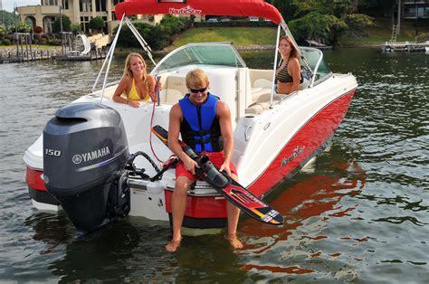 Jet Boat Vs Inboard by Why Buy A Four Stroke Outboard Vs Inboard Outboard