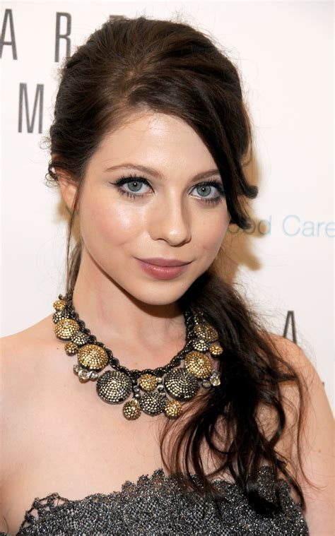 Michelle Trachtenberg Hairstyles Pictures Of Michelle