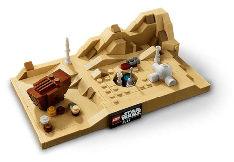 LEGO Star Wars Tatooine Homestead (40451) May the 4th ...