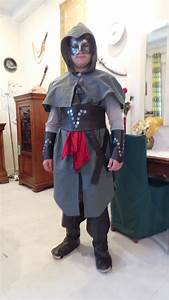Best 25+ Assassins creed costume ideas on Pinterest ...