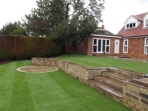 how to level garden split level gardens olive garden design and landscaping