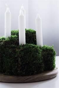 Adventskranz Modern Selber Machen : die besten 25 adventskranz selber machen mit moos ideen auf pinterest adventskranz natur ~ Markanthonyermac.com Haus und Dekorationen