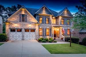HouseLens: Visu... Real Estate