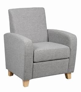 Petit Fauteuil Design : petit fauteuil design pas cher 9 id es de d coration int rieure french decor ~ Teatrodelosmanantiales.com Idées de Décoration