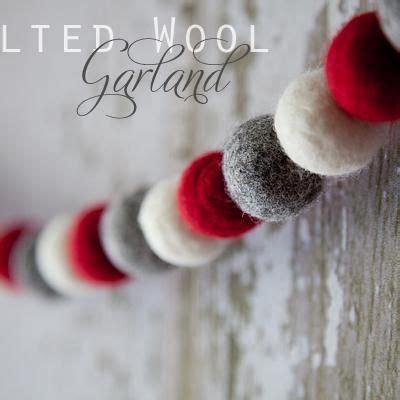 Best 25+ Felt Ball Garland Ideas On Pinterest  Diy Wool