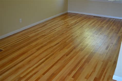 sanding and refinishing hardwood flooring in ottawa