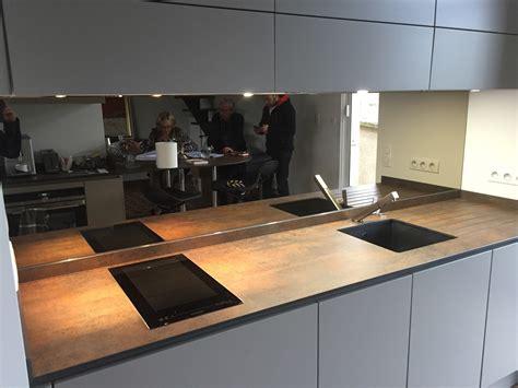 cuisine credence crdence miroir cuisine koya intrieure rnovation du0027une cuisine avec une crdence miroir