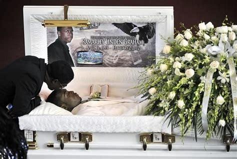 pac   coffin post mortem