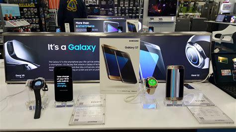 Mountain View, Causa  March 12 Samsung Galaxy S7 Edge