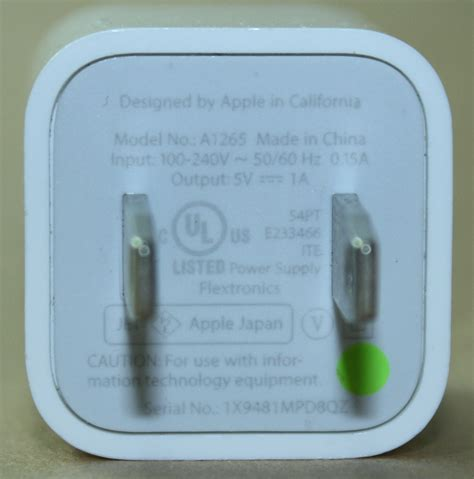 apple iphone charger teardown quality in a tiny expensive