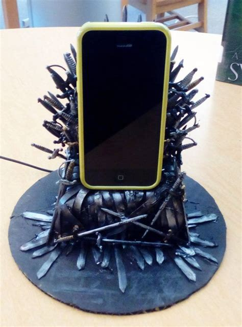 awesome christmas gift game  thrones iron throne phone