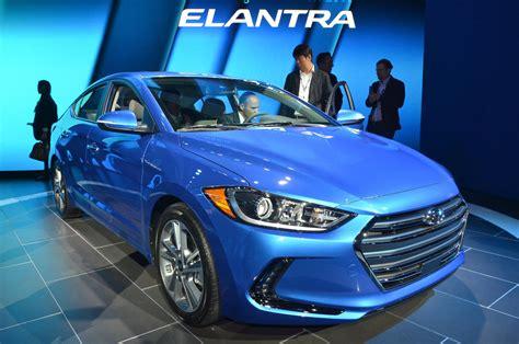 2017 Hyundai Elantra Debuts At 2015 Los Angeles Auto Show