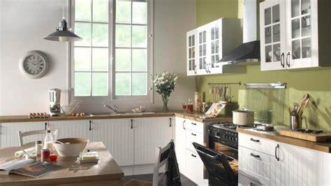 bien organiser sa cuisine quelle décoration cuisine kaki