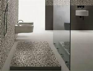 Salle De Bain Galet. salle de bains avec galets et carrelage noir ...