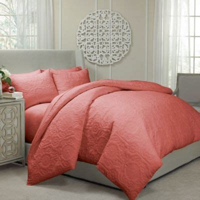 bed bathandbeyondcom 1000 ideas about coral bedspread on