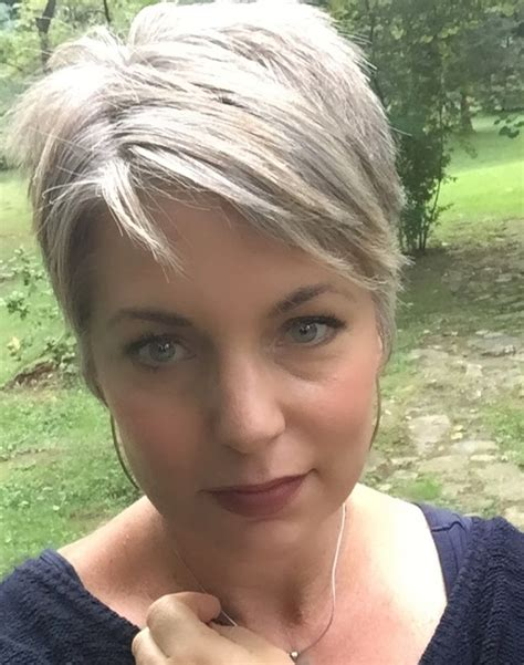 25 Best Ideas About Short Grey Haircuts On Pinterest
