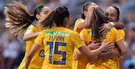 Primer equipo 'bicampeón' de la Liga MX Femenil | Brújula ...