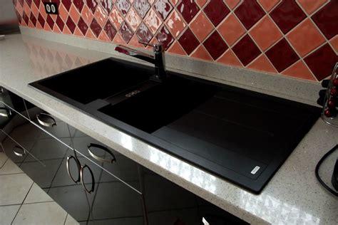 cuisine bois laqué cuisine noir laque plan de travail bois 2 cuisine