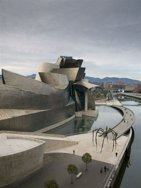 bilbao spain guggenheim museum is a museum of modern and contemporary designed by